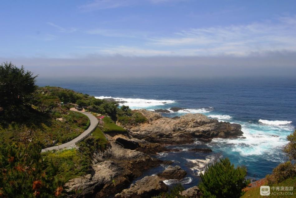 """紧挨着一号公路的便是""""世界上最大的游泳池""""——太平洋。.JPG"""