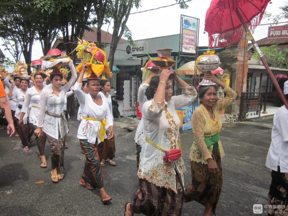 巴厘岛祭祀典礼2