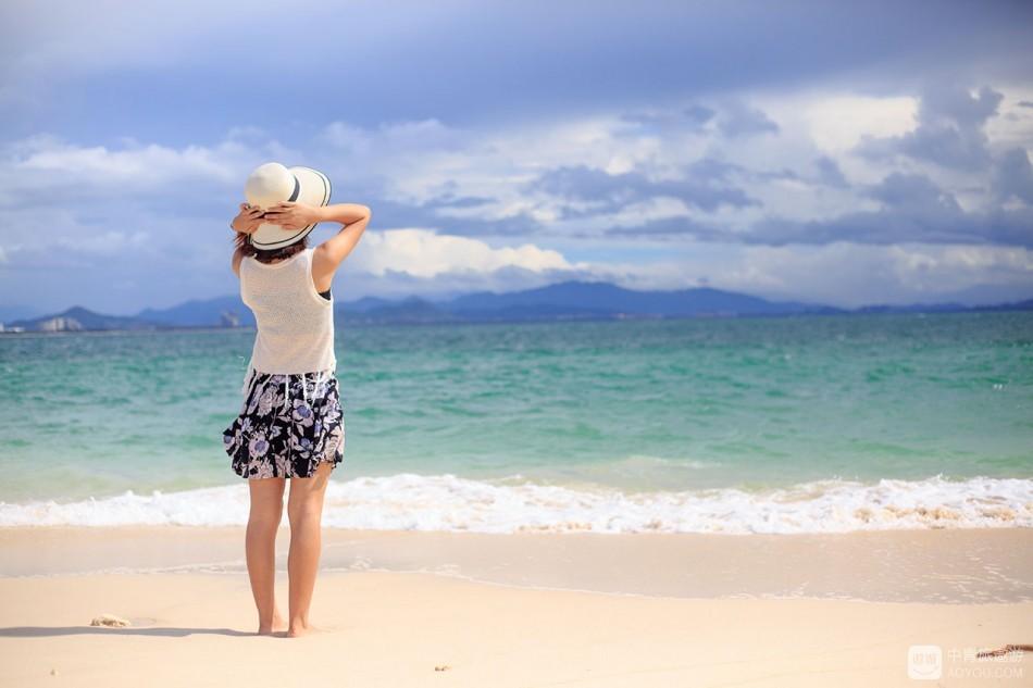 每一次呼吸都是生命的轨迹,而每一次旅行都来源于对生活的感悟。  三亚,说走就走,我们来了。 ...