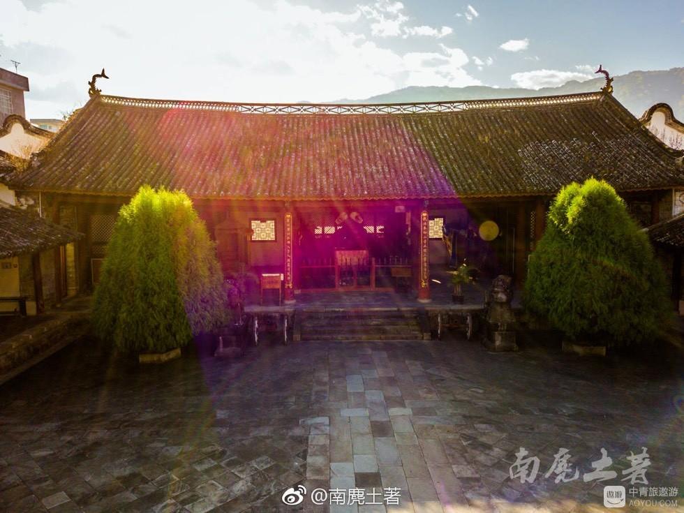 """傣族""""小故宫"""""""