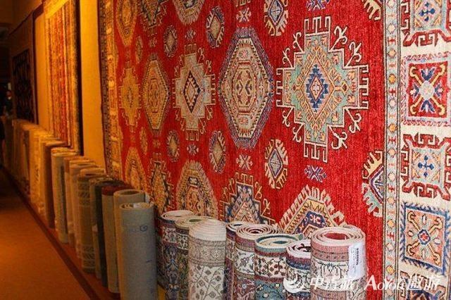 手工地毯.jpg