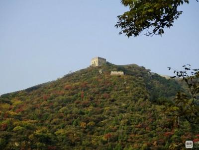 喇叭沟门风景区:秋天里一路笑着走下山