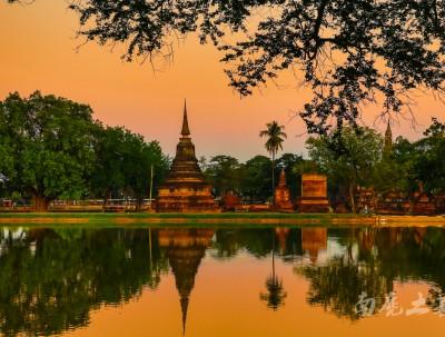 """一群中国人南下,建立了泰国第一个王朝""""素可泰"""""""
