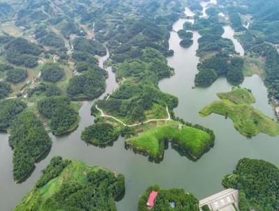 中国一个鲜为人知的高兴之县,据说来这里的人都会很高兴