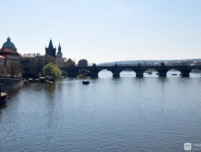 查理大桥承载的历史