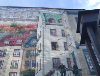小香普兰街的艺术橱窗