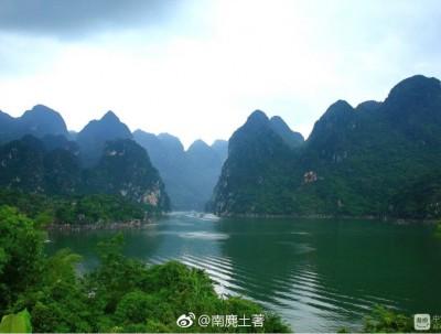 是漓江还是小三峡