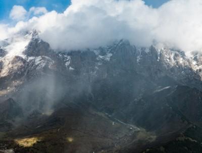 千呼万唤始出来,不期而遇的马牙雪山美景