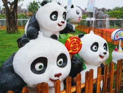 东莞也有熊猫啦,快来看这空运来的两兄弟