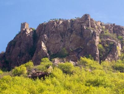 伏羲山的三泉湖  玩的是胆量和审美
