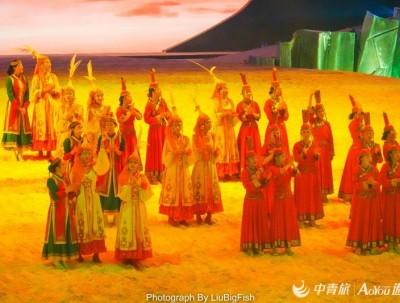 在忽必烈登基的天堂草原,看中国马都最大室内实景马剧
