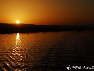 游埃及之影像记录(十三、日出尼罗河)