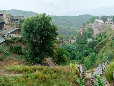 """一座古老的堪称""""汉墓""""的明清古村落  美的像生活在油画里"""