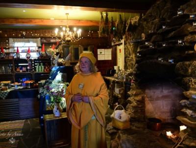 有一处藏匿黄色精灵的童话世界,在北极圈以内的芬兰,...