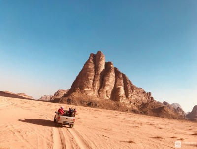 约旦红色沙漠瓦迪伦
